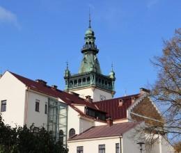 Budova náchodské radnice má novou střechu