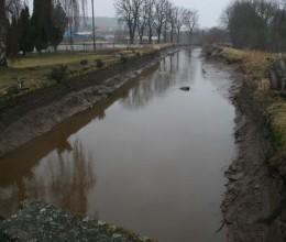 V České Skalici v nočních hodinách spadla do vody žena, byla nalezena utonulá